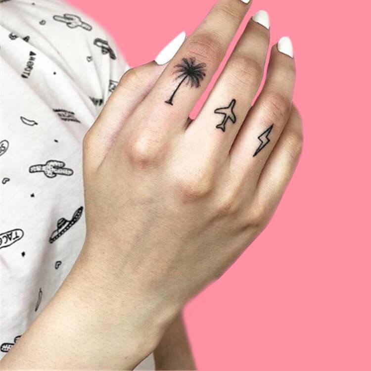 27+ Mini Finger Tattoos For Women Beauty 2019 Trend 19