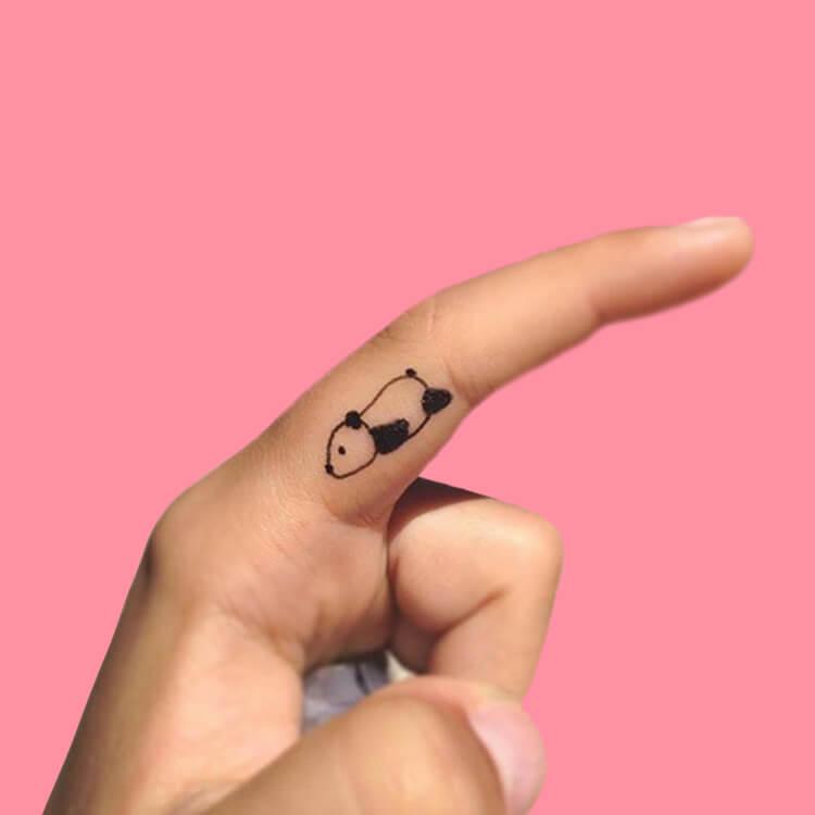 27+ Mini Finger Tattoos For Women Beauty 2019 Trend 6