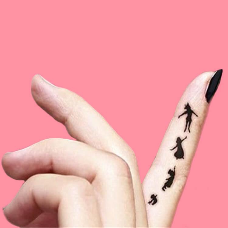 27+ Mini Finger Tattoos For Women Beauty 2019 Trend 9