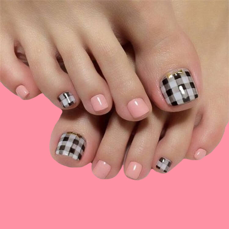 50+ Pretty Toe Nail Design You Should Try In This Summer 4
