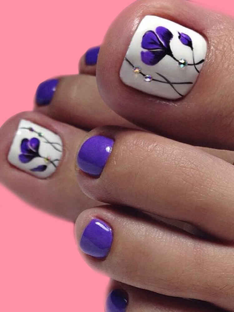 50+ Pretty Toe Nail Design You Should Try In This Summer 49
