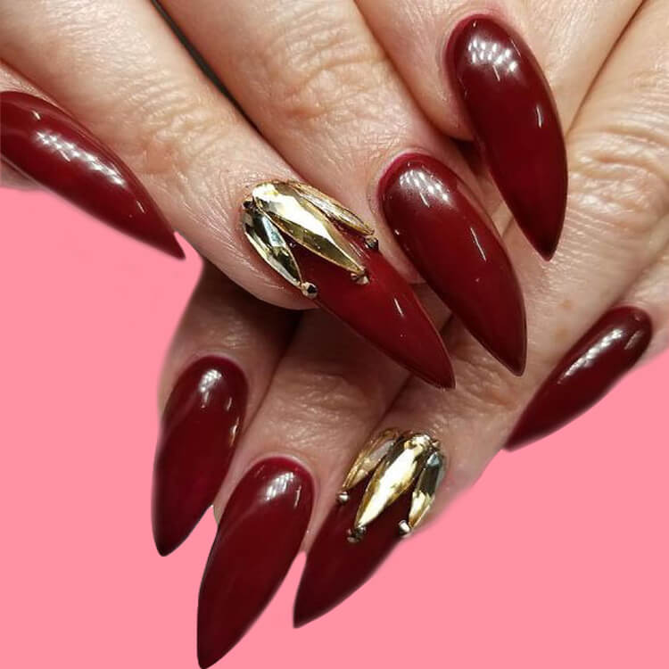 10+ Fantastic Burgundy Stiletto Nails Designs for Ladies 10