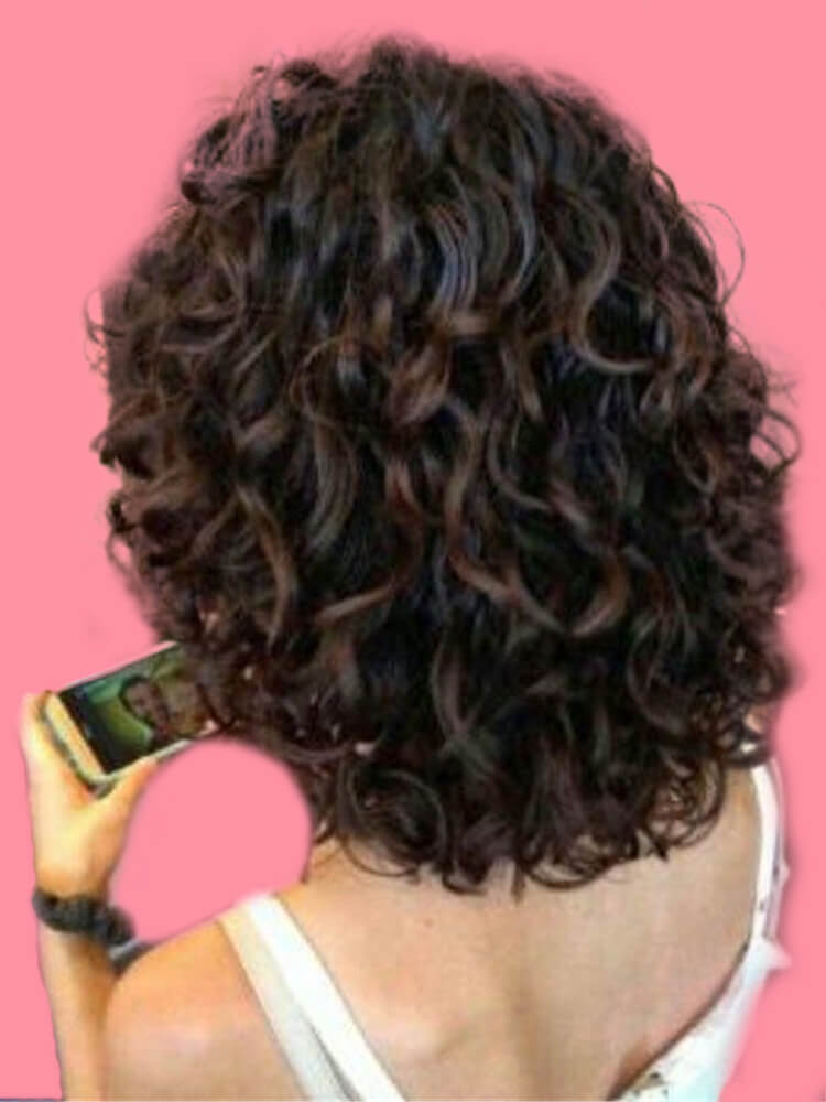 11 Attractive Short Curly Thick Hairstyles Trend in this Summer 9