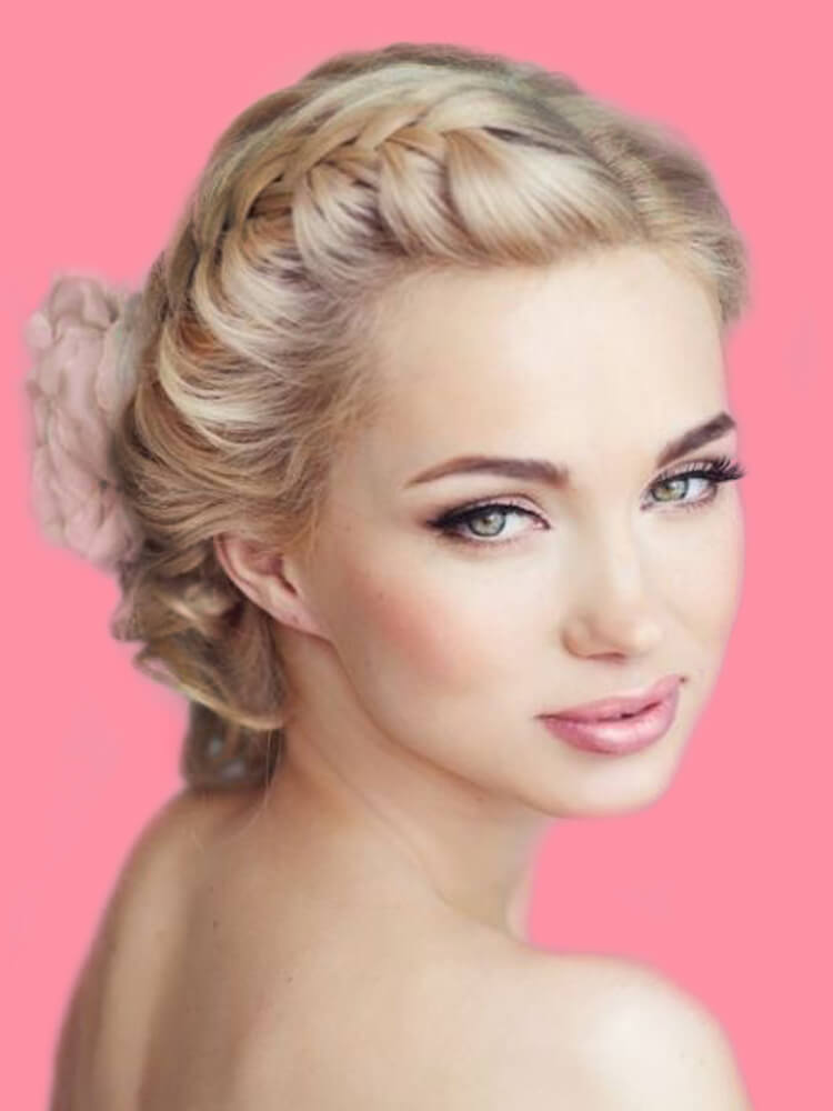 23 + Stunning Wedding Makeups and Hairstyles for Bride to try 14