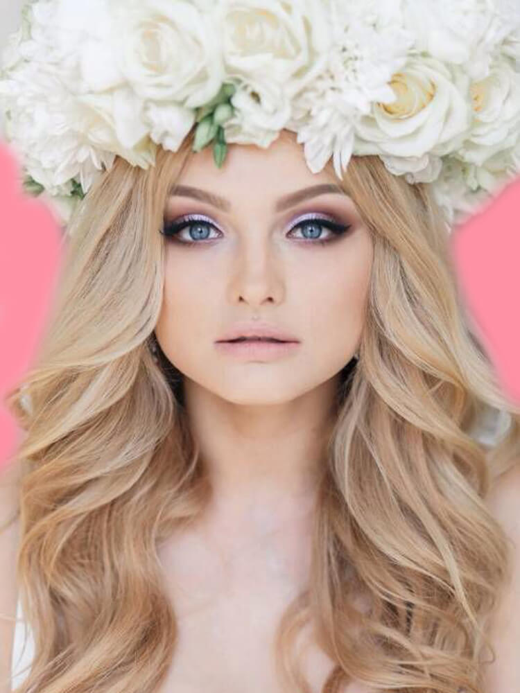 23 + Stunning Wedding Makeups and Hairstyles for Bride to try 2