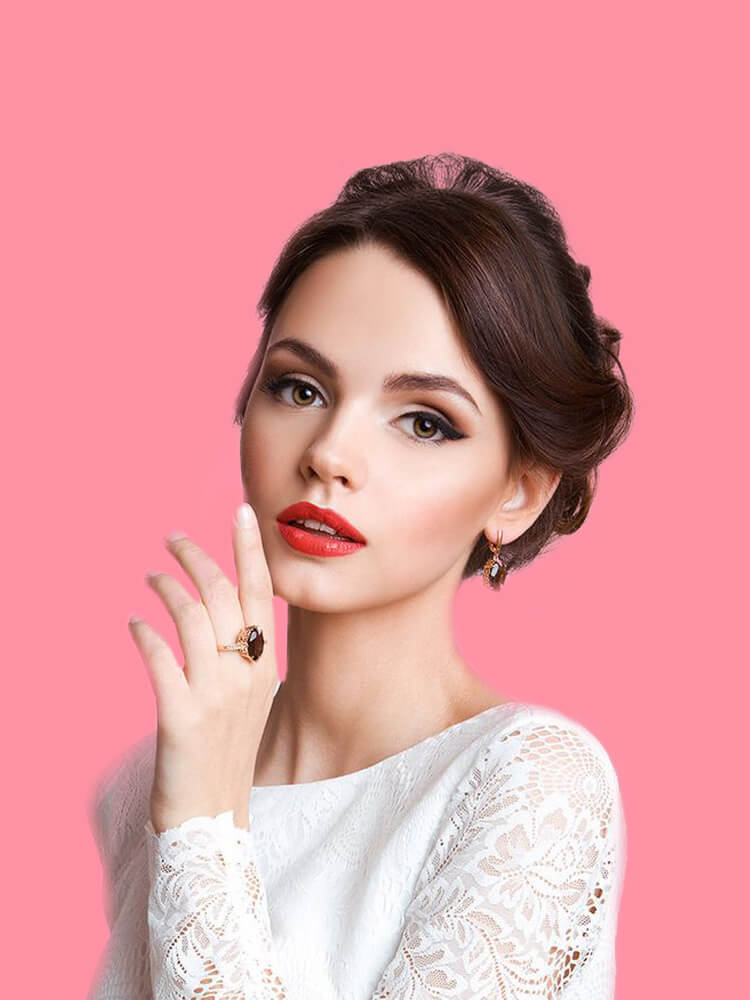 23 + Stunning Wedding Makeups and Hairstyles for Bride to try 8