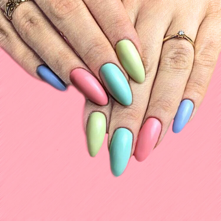 23+ Sweet Candy Color Nail Art Designs for Ladies 12