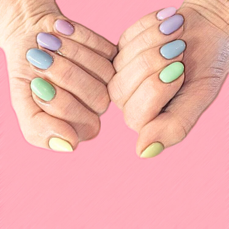 23+ Sweet Candy Color Nail Art Designs for Ladies 19