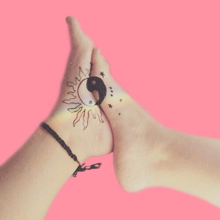 30+ Meaningful Matching Tattoos Designs to Try for Ladies and Sisters 27
