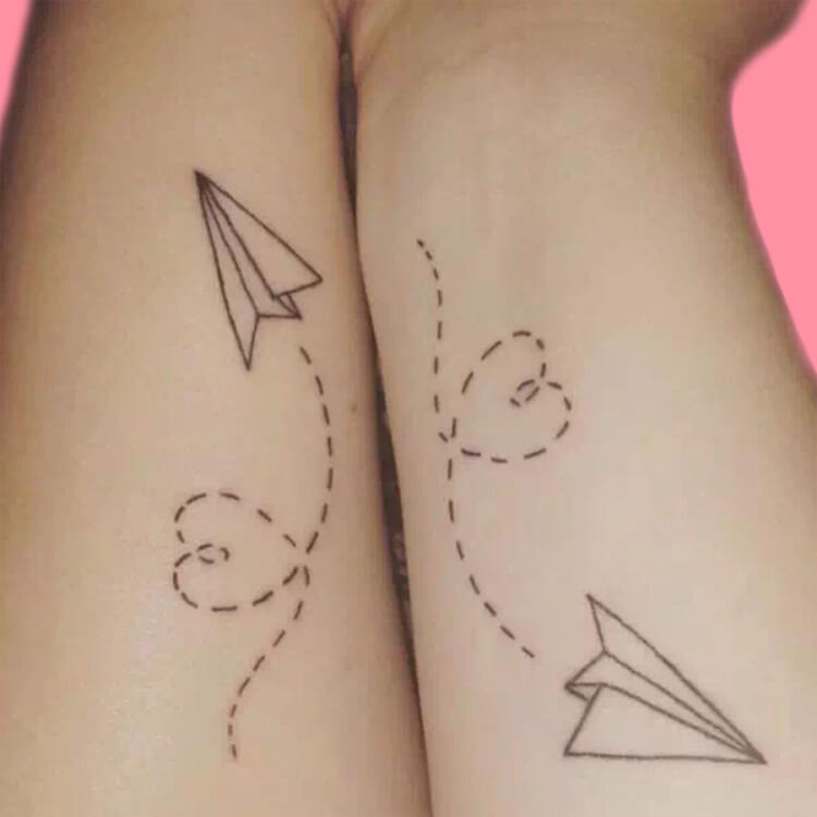 30+ Meaningful Matching Tattoos Designs to Try for Ladies and Sisters 29