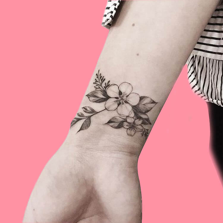 42 Mini Wrist Tattoo Designs to try in this Summer 13