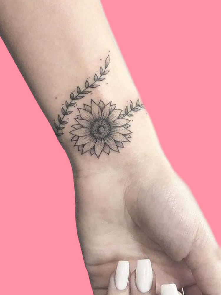 42 Mini Wrist Tattoo Designs to try in this Summer 16