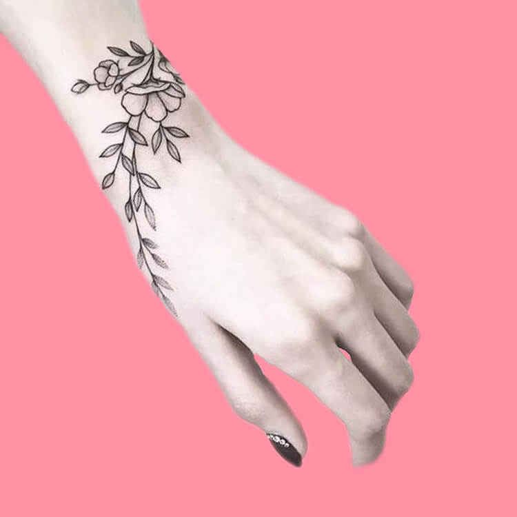 42 Mini Wrist Tattoo Designs to try in this Summer 3