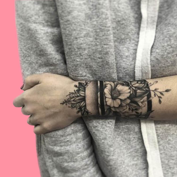 42 Mini Wrist Tattoo Designs to try in this Summer 37