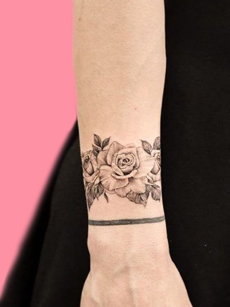42 Mini Wrist Tattoo Designs to try in this Summer 5