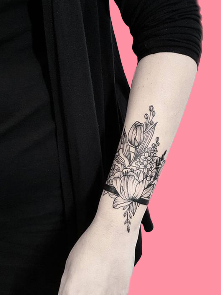 42 Mini Wrist Tattoo Designs to try in this Summer 9
