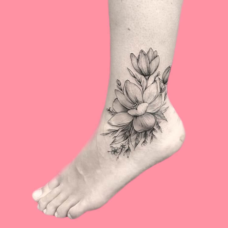 44+ Wonderful Foot Tattoos to try on foot and ankle 2019 Summer 11