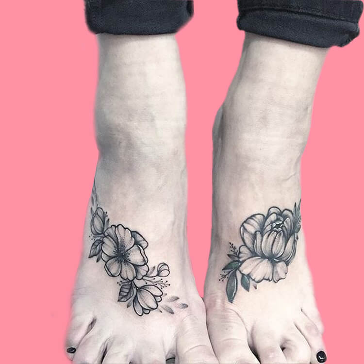 44+ Wonderful Foot Tattoos to try on foot and ankle 2019 Summer 13