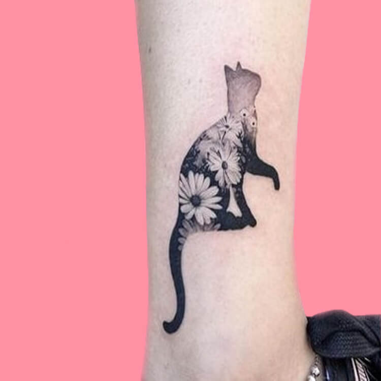 54 Cutest Cat Tattoo Designs to try 43
