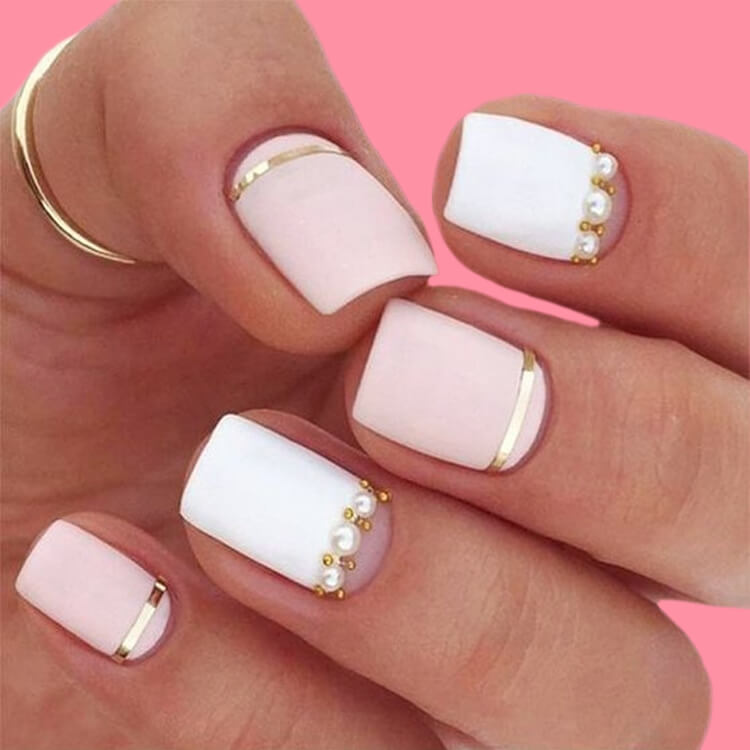 36+ Simple Strips Line Nail Art Designs to try 10