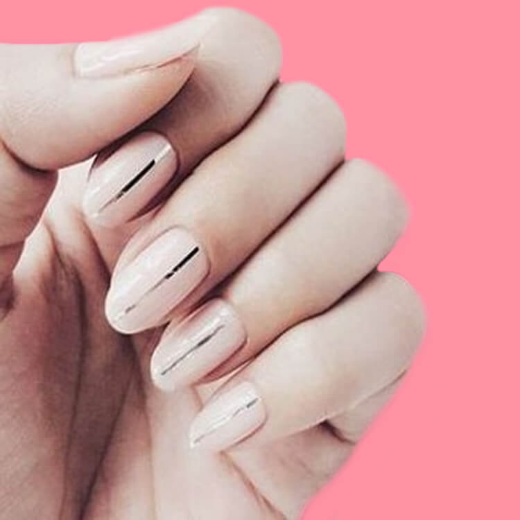 36+ Simple Strips Line Nail Art Designs to try 17
