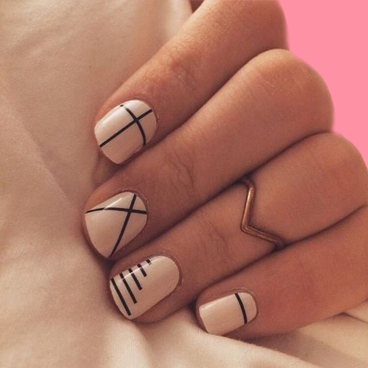 36+ Simple Strips Line Nail Art Designs to try 19