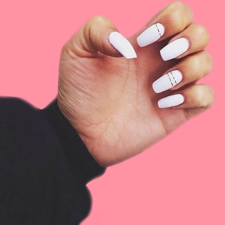 36+ Simple Strips Line Nail Art Designs to try 20