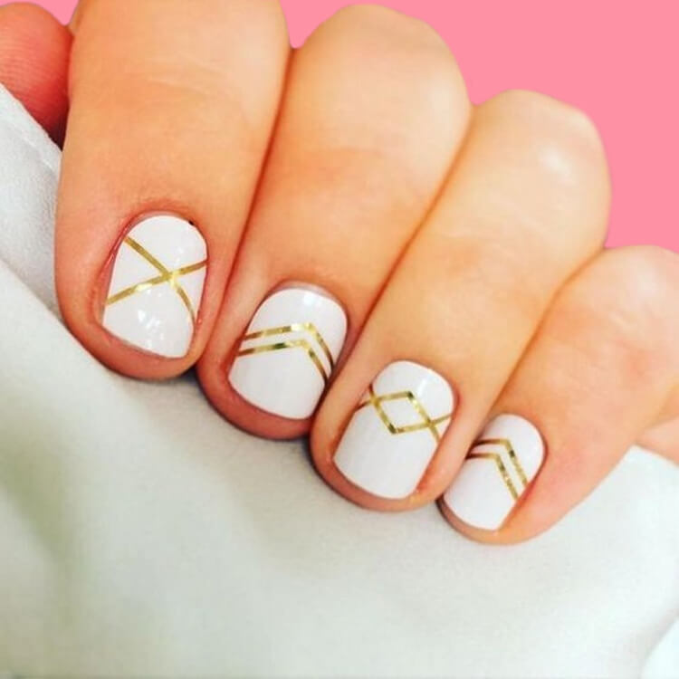 36+ Simple Strips Line Nail Art Designs to try 22