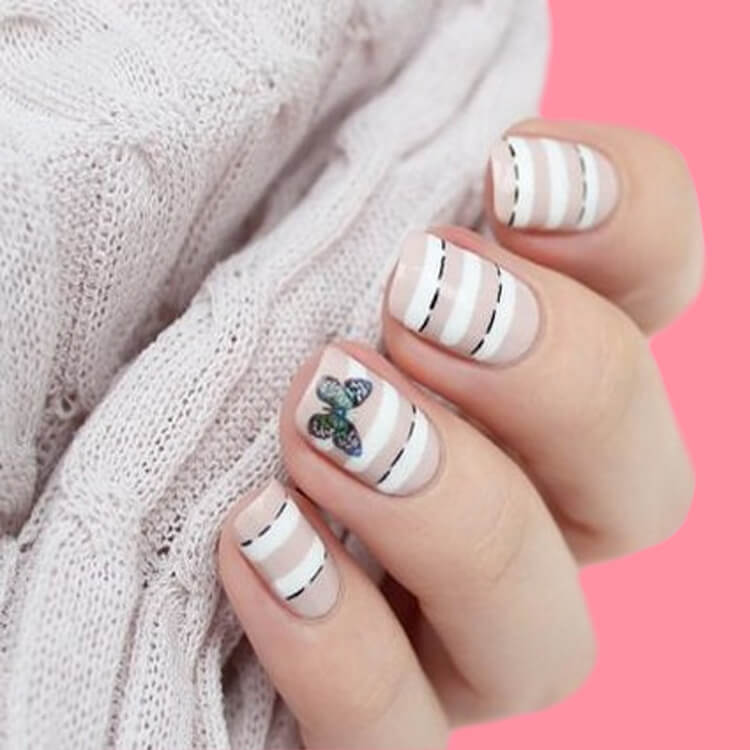 36+ Simple Strips Line Nail Art Designs to try 24