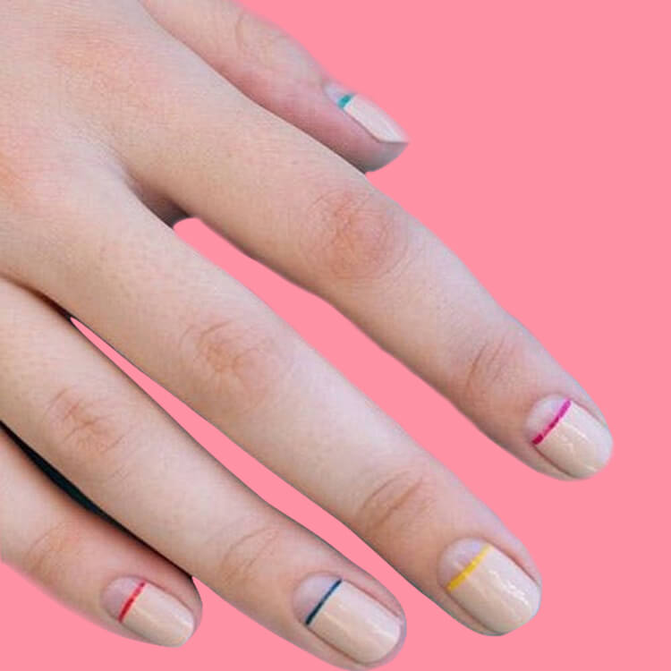 36+ Simple Strips Line Nail Art Designs to try 34