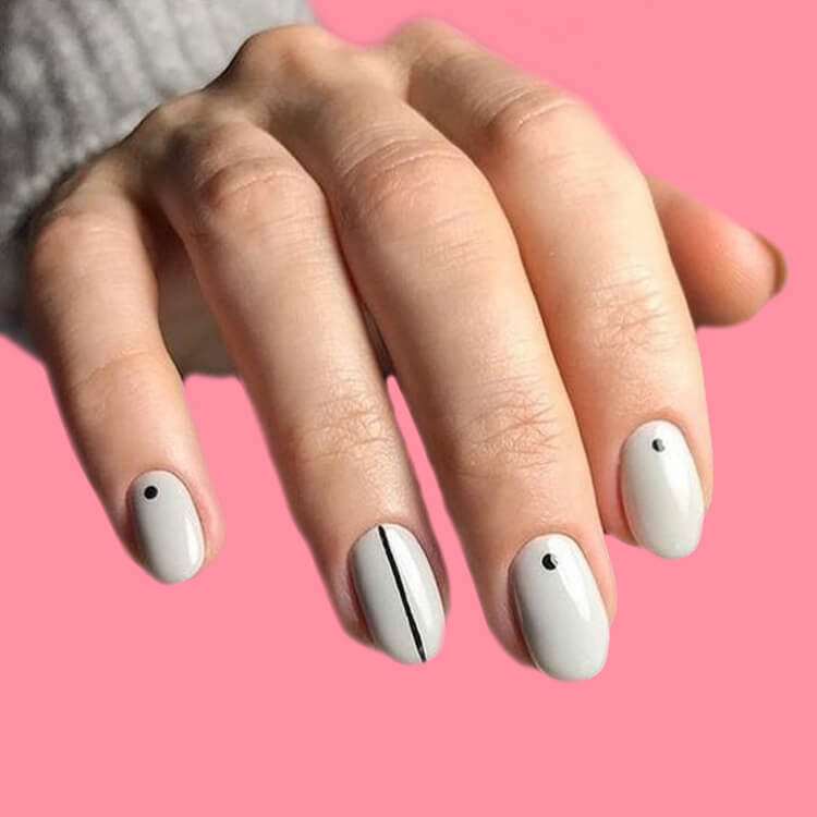 36+ Simple Strips Line Nail Art Designs to try 9