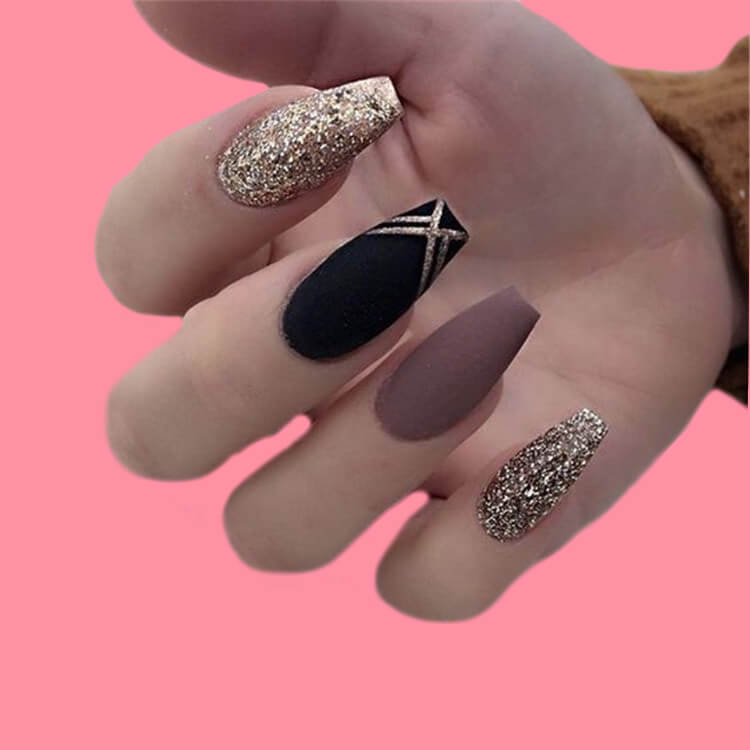 40 Cool Matte Black Coffin Nail Ideas to try 15