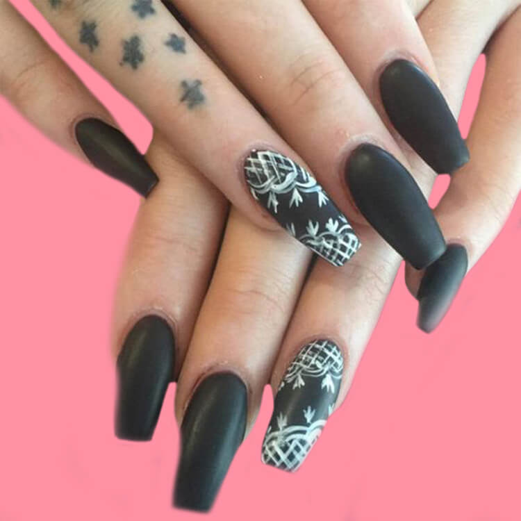 40 Cool Matte Black Coffin Nail Ideas to try 19