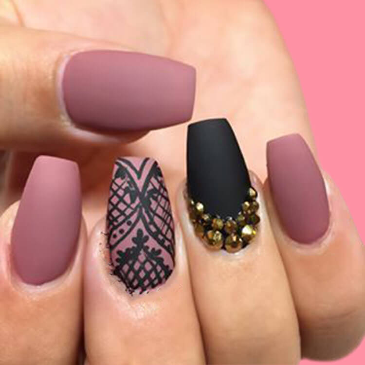 40 Cool Matte Black Coffin Nail Ideas to try 5