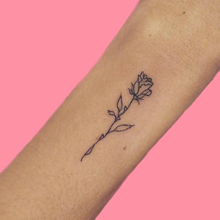 45+ Romantic Rose Tattoo Ideas to try for lady beauty 2