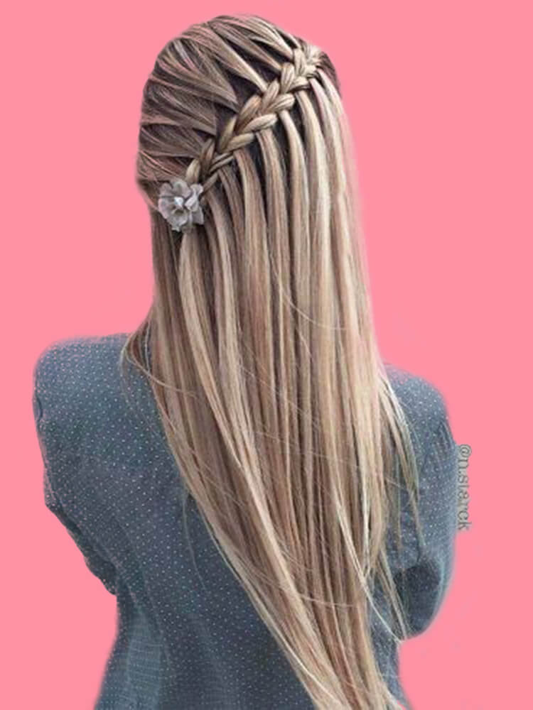 Attractive Dutch Braid Hairstyles Designs to try for ladies 6