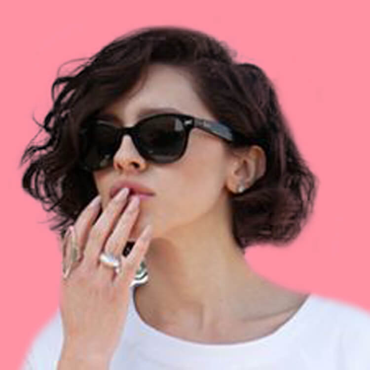 22 Stunning Short Bob Haircuts for Ladies 16