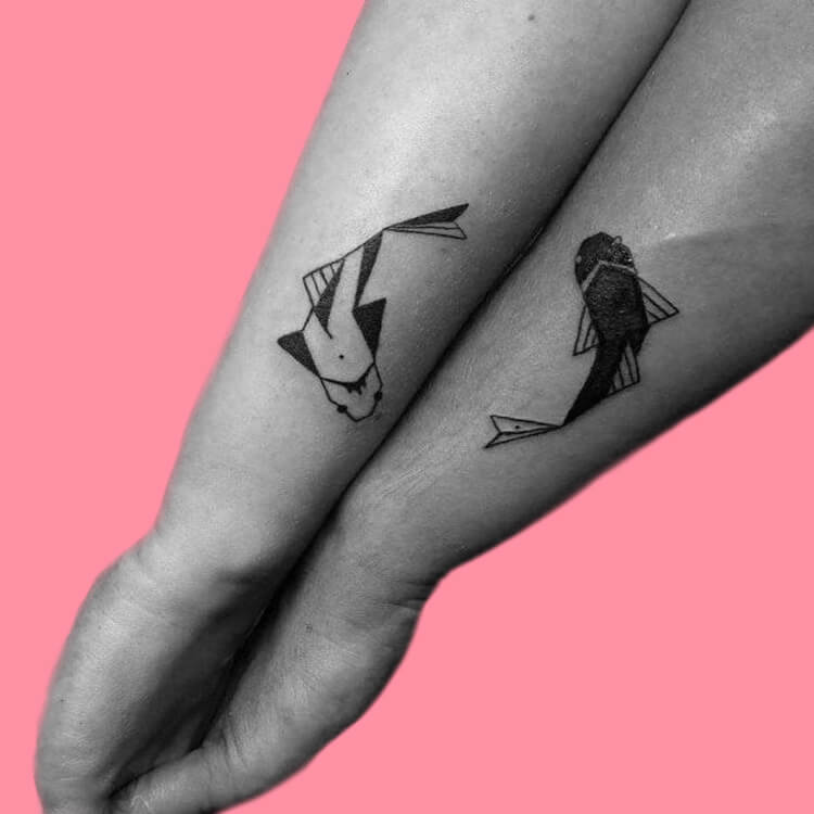 50 Meaningful Matching Couple Tattoo Designs for Lovers to try 2