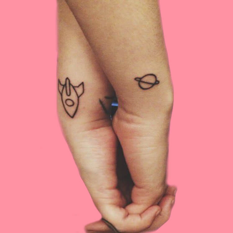 50 Meaningful Matching Couple Tattoo Designs for Lovers to try 6
