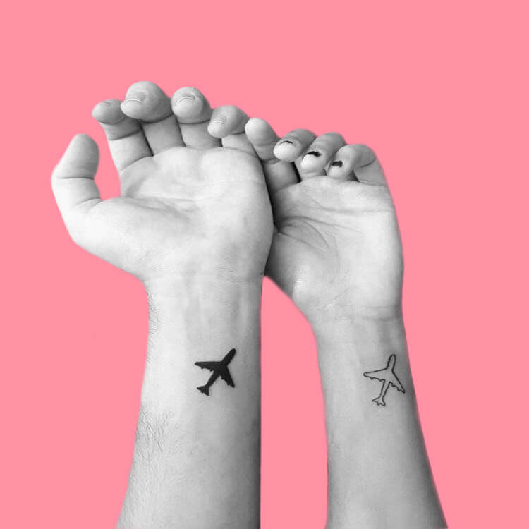 50 Meaningful Matching Couple Tattoo Designs for Lovers to try 7