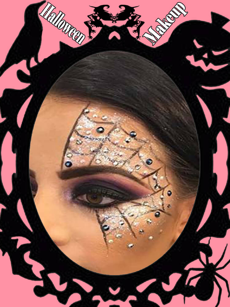 Halloween Eyeliner Makeup Ideas for Ladies 21