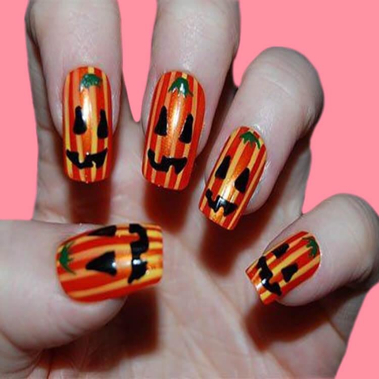 Halloween Nail Art Design 16