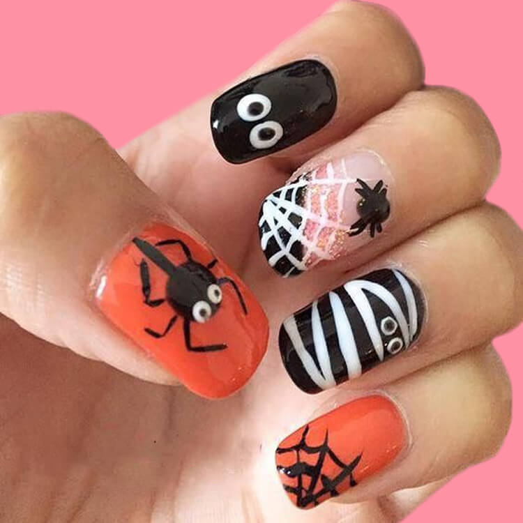 Halloween Nail Art Design 18
