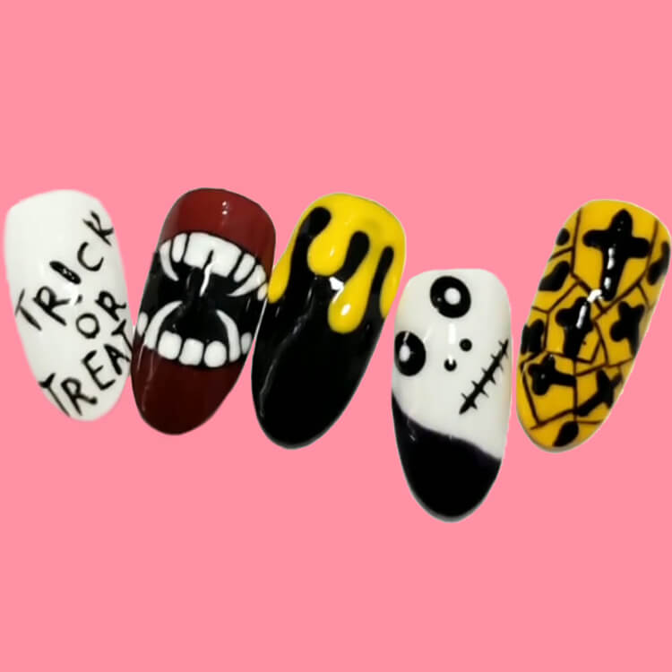 Halloween Nail Art Design 38
