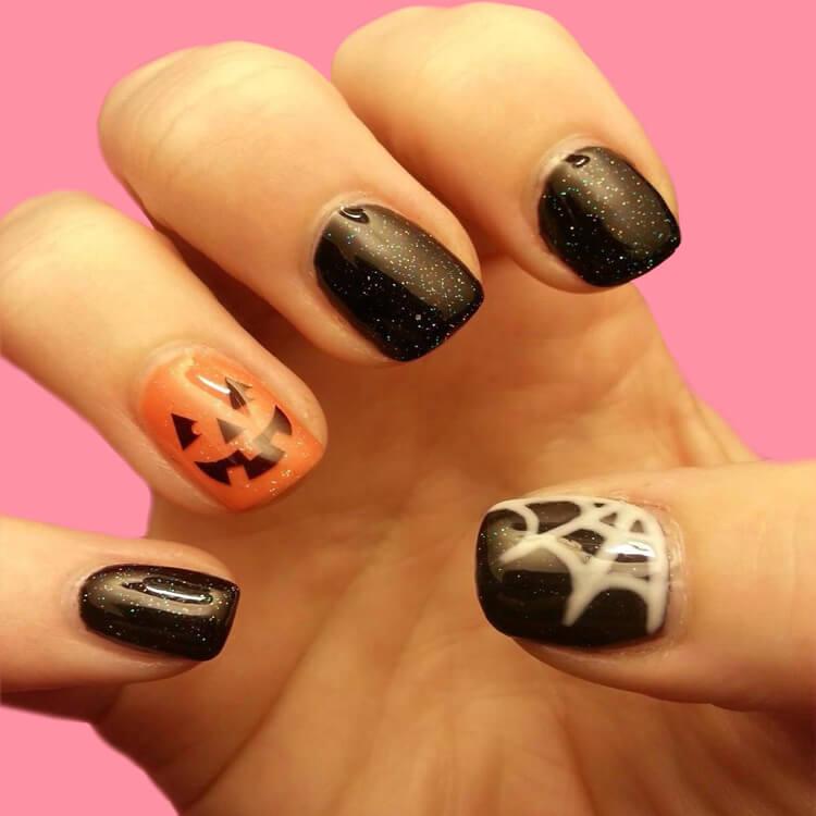 Halloween Nail Art Design 8