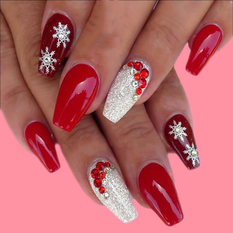Christmas Nail Ideas 27