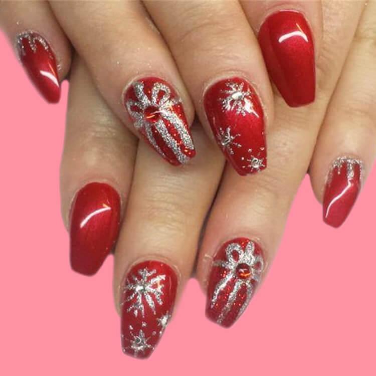 Christmas Nail Ideas 36