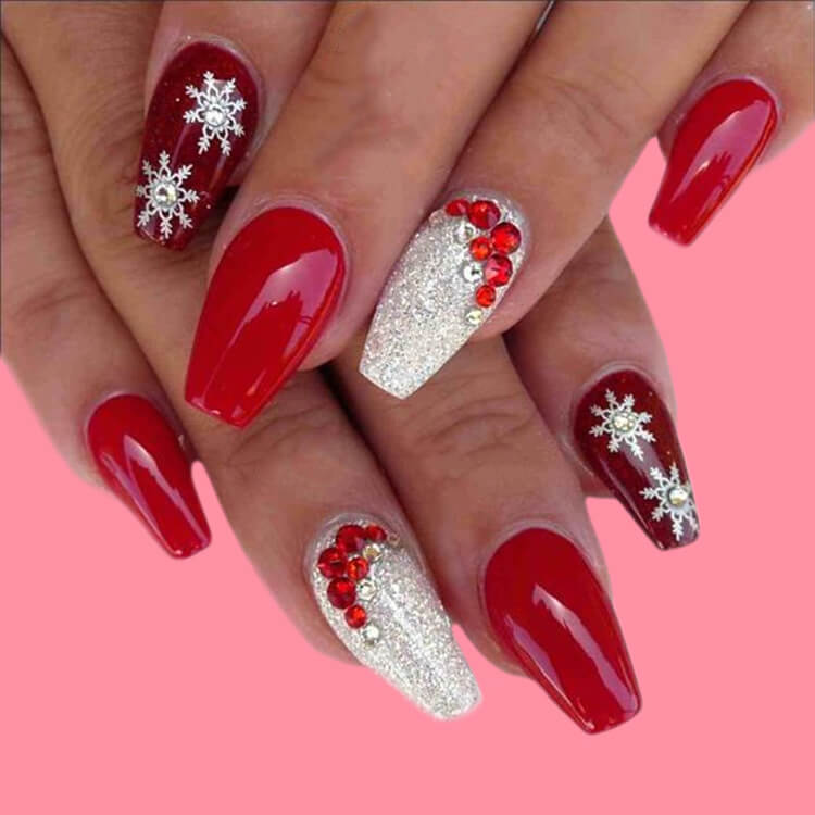 Christmas Nail Ideas 38