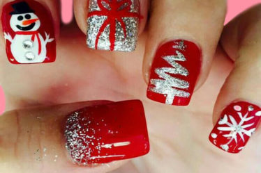 Christmas Nail Ideas 49