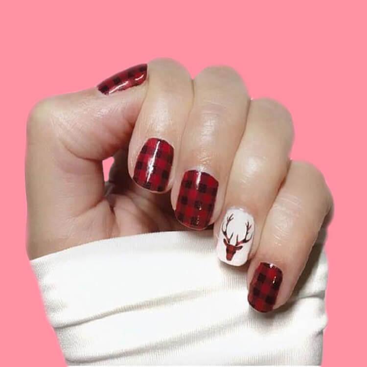 Christmas Nail Ideas 68